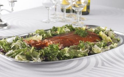 Aluminium platter of food on the dinner table - Plus Pack